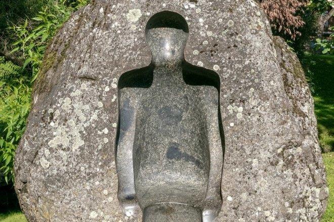 """Sculpture """"En Attente de voyage"""""""